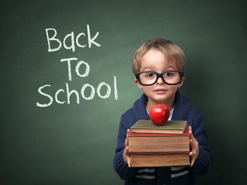 É Difícil Acreditar — As Aulas Começam Segunda-Feira, Dia 29 de Agosto em Danbury