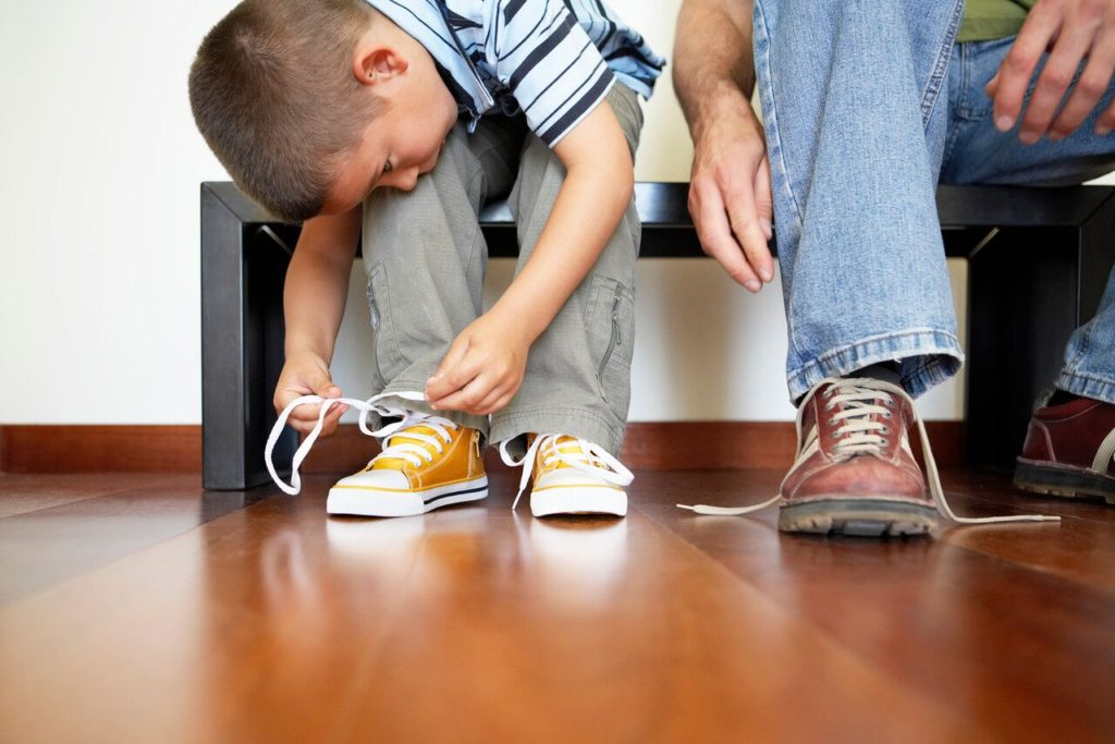 Mas Demora Muito: Ajudando Seu Filho a Ser Autossuficiente