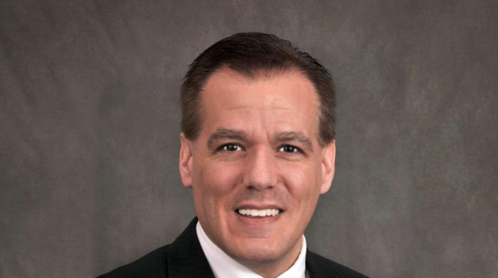 Martin G. Morgado Promovido a Presidente e CEO do Savings Bank of Danbury