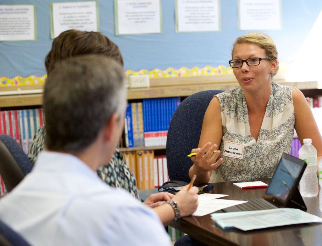Preparando-se para as Reuniões Escolares do Seu Filho: Dicas para uma Conversa Conjunta