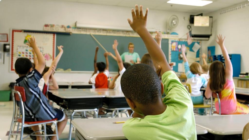 Supremo Tribunal do Estado Diz que Revisará o Caso do Financiamento Escolar