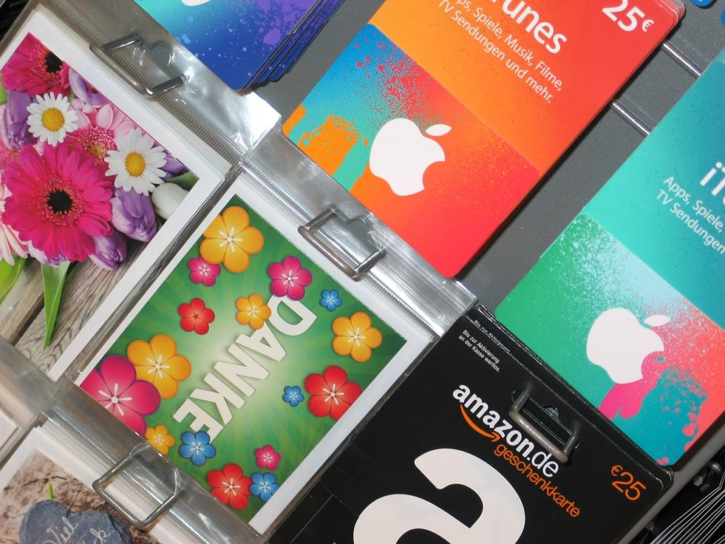 Departamento de Defesa do Consumidor Estimula os Consumidores a Usarem Cartões-Presente