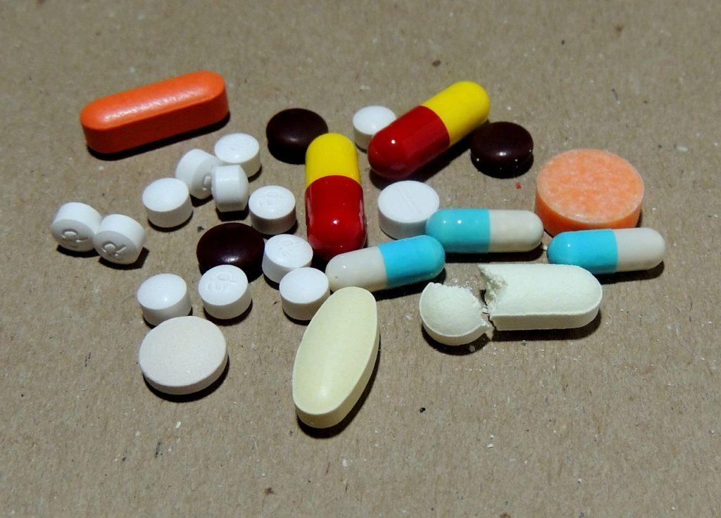 O Papel dos Medicamentos Prescritos na Crise dos Opiáceos