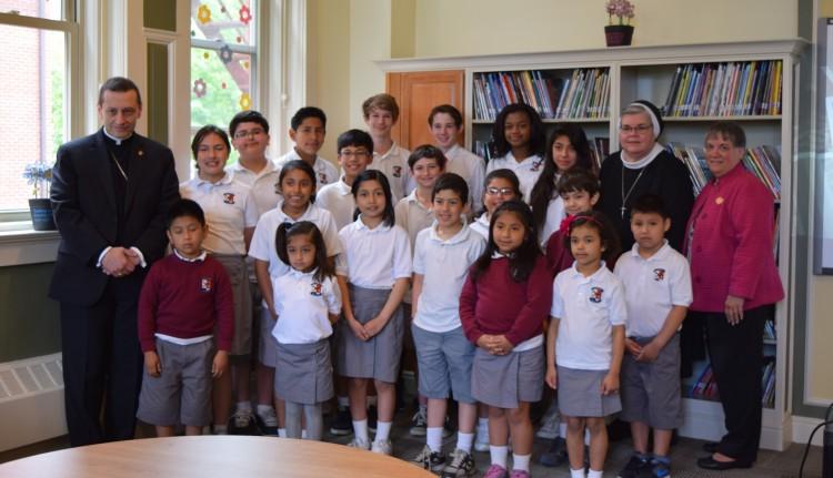 Escola Católica São Pedro É o Retrato da Diversidade Cultural de Danbury