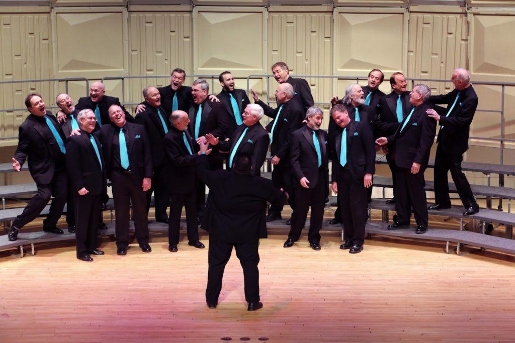 Noite Espetacular para Cantar com o Coro Mad Hatter