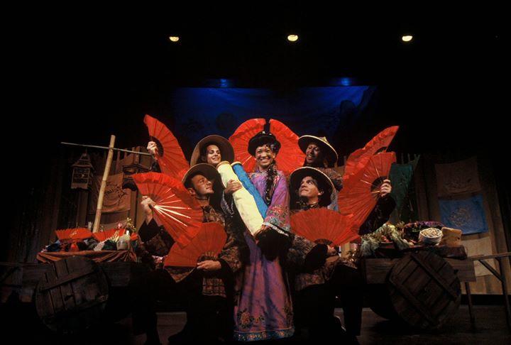 Série Familiar na Ridgefield Academy: A Canção de Mulan