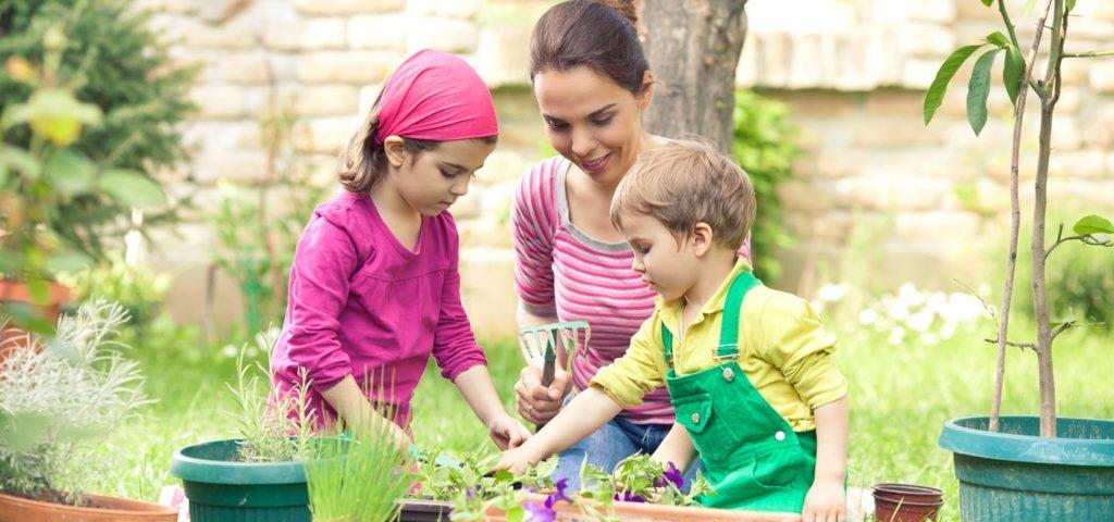 O Valor de Praticar Jardinagem com as Crianças