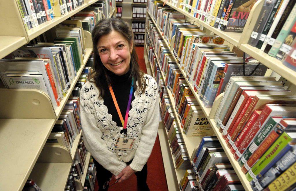 Biblioteca de New Milford Pede Sugestões Sobre Como Ajudar a Comunidade Latina