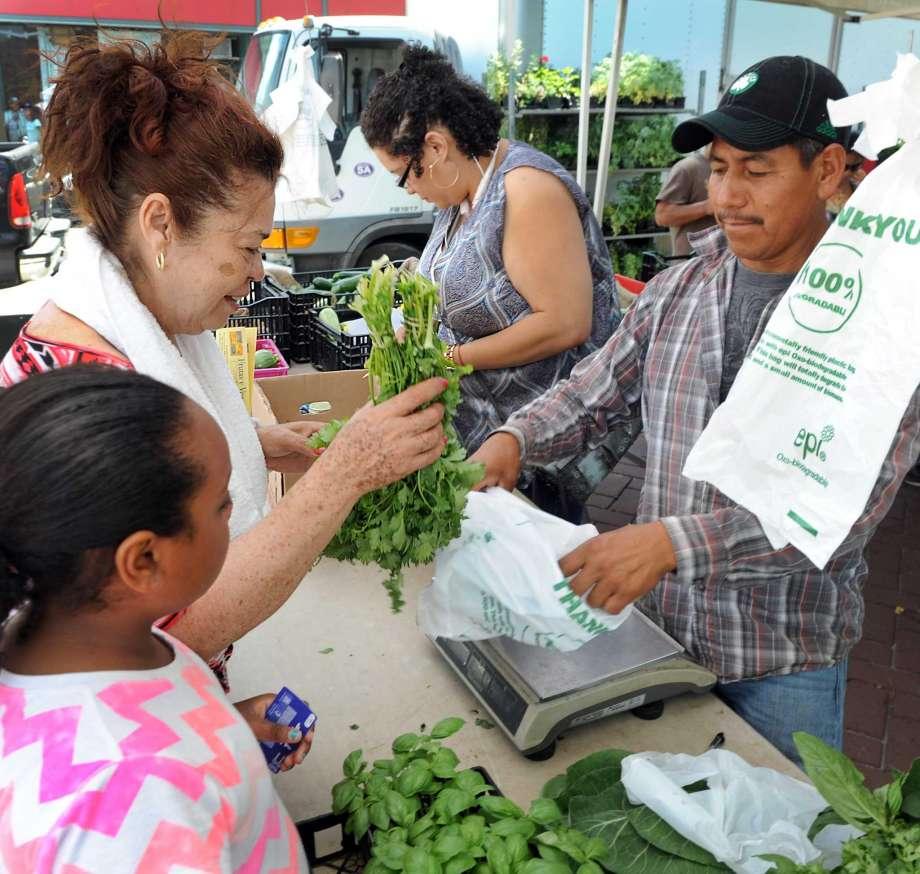 O Mercado de Agricultores de Danbury Abrirá dia 24 de Junho em um Novo Local