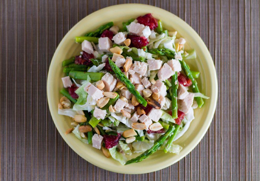 Salada de Laranja Sanguínea, Aspargos e Frango