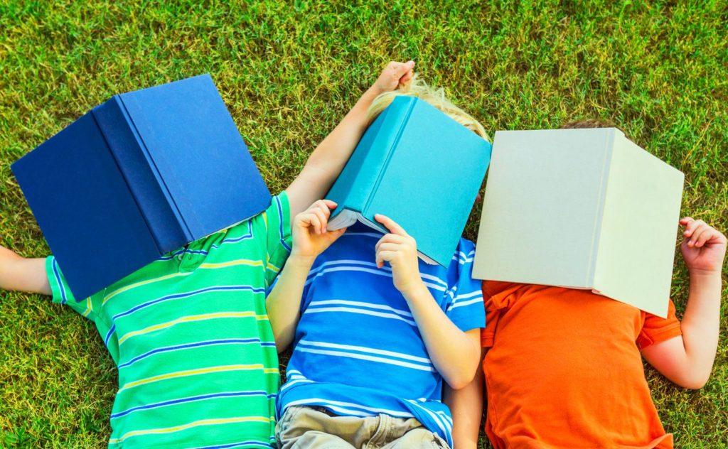 Dias de Verão 2017: Combatendo a Perda de Aprendizado no Verão Através da Leitura