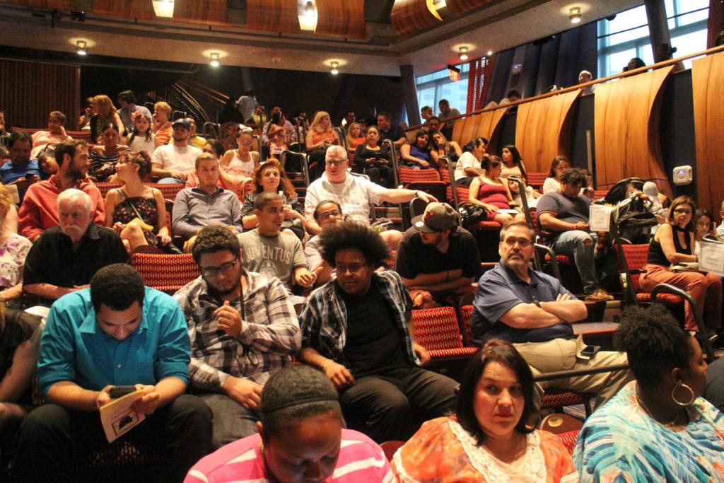 WERACE em Danbury Oferece Programas Gratuitos de Educação para Adultos e Inglês como Segunda Língua