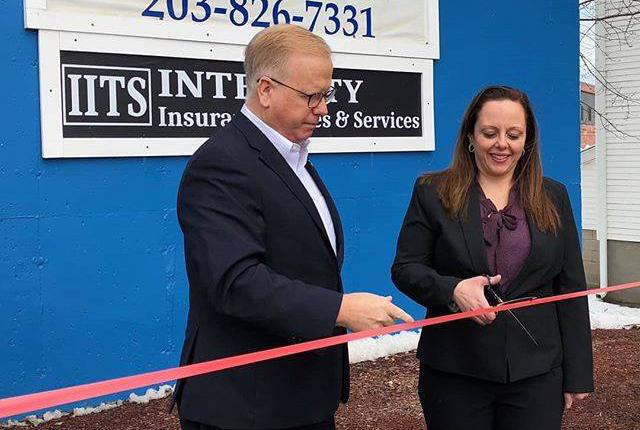 Novo Negócio em Danbury Pretende Ser uma Loja Única para Vários Serviços