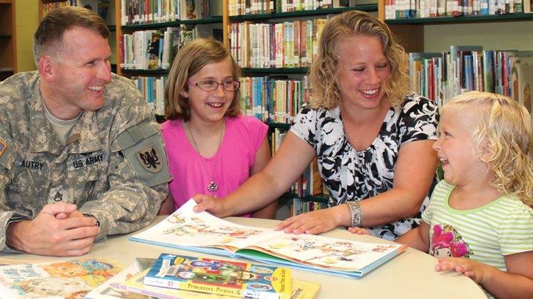 Bibliotecas Públicas Oferecem um Mundo de Conhecimento Gratuitamente