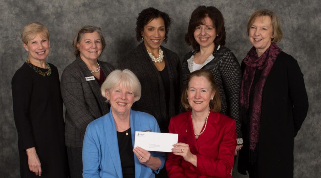 Fundação Savings Bank of Danbury Apoia o Novo Site da Comunidade Saudável