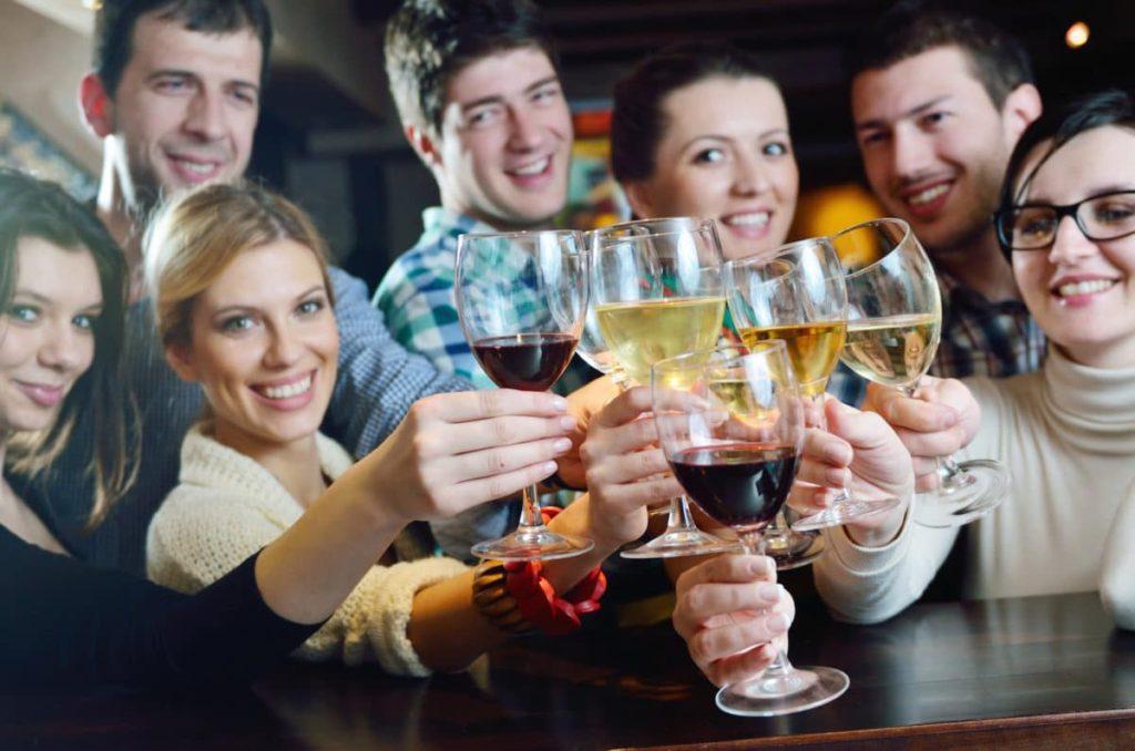 Agência de Ação Comunitária Realiza 4º Degustação Anual de Vinhos