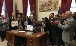 Malloy_Signs_Bill_Granting_Dreamers_College_Financial_Aid2