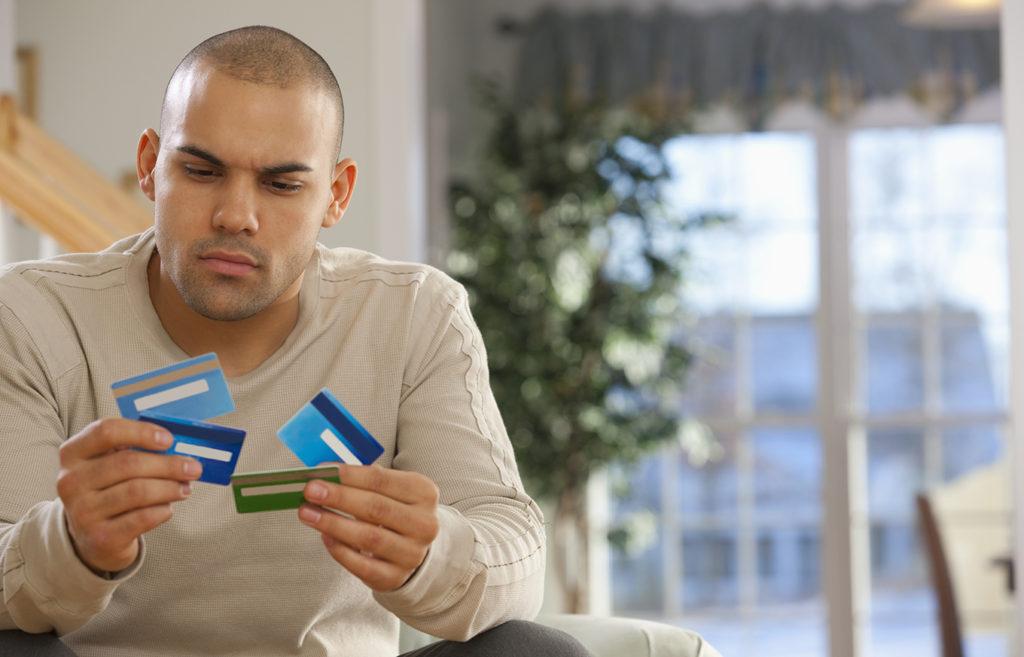 Cartões de Crédito para Pessoas com Pontuação Ruim: 5 Coisas que Você Deve Saber