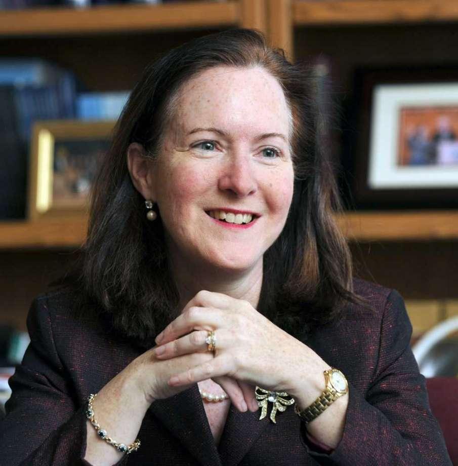 Juíza de Sucessões Dianne Yamin – Um Exemplo de Generosidade e Paixão por Servir