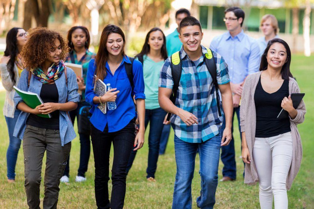 Matrícula Estadual Atrai Estudantes Universitários de NY e NJ para Danbury